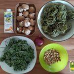 {Rezept} Tagliatelle mit veganem Champignon-Spinat-Rahm